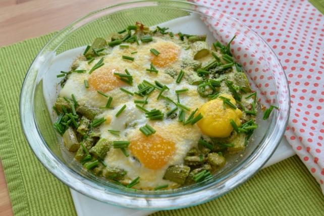 jajka na szparagach