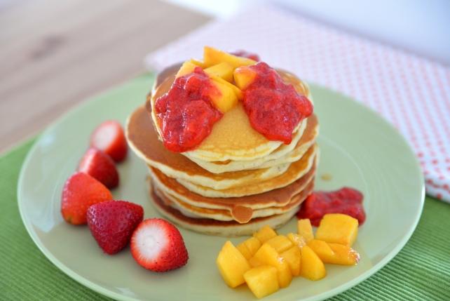 pancakes z owocami (3)