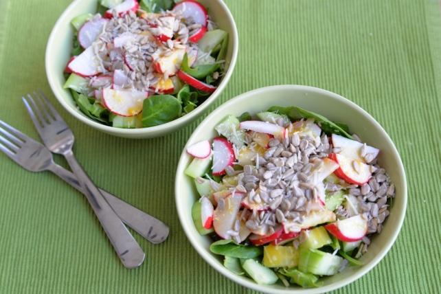 salatka z rzodkiewka i ogorkiem