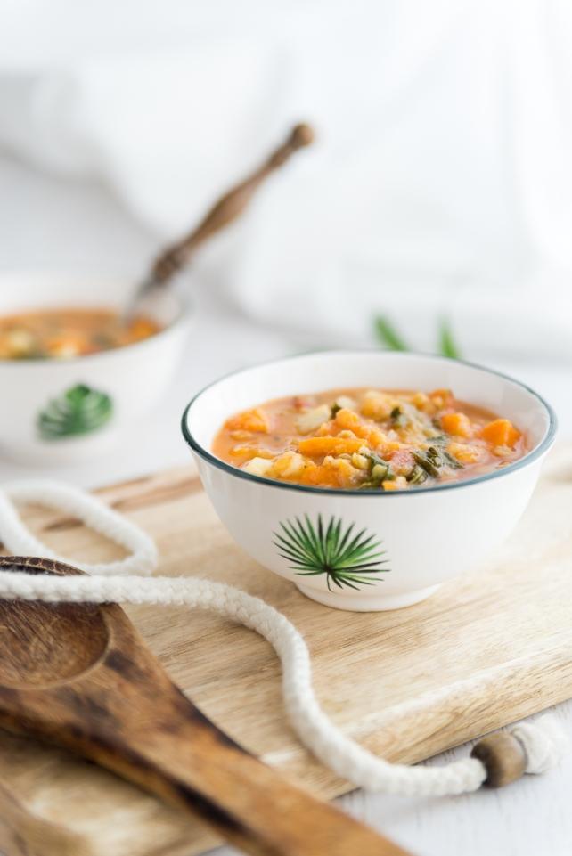 Zupa ziemniaczana z soczewicą i szpinakiem (2)